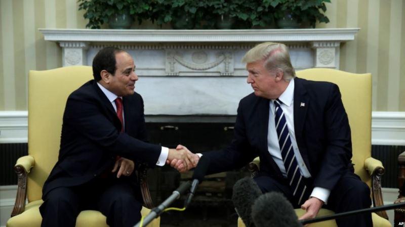 Trump oo Beddelay Siyaasaddii Mareykanka ee Masar