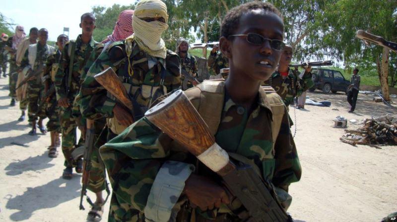 Al-Shabaab oo weeraray saldhig ciidan