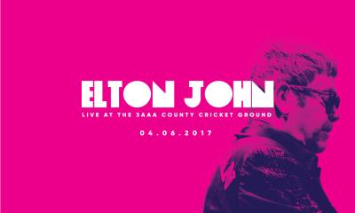 3AAA Elton John Consert