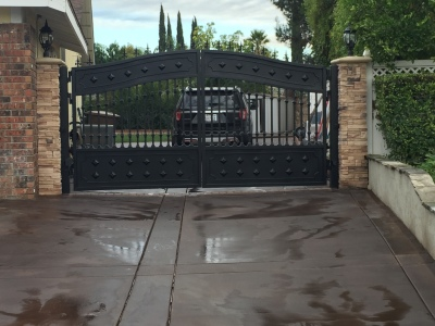 yorba linda gate after