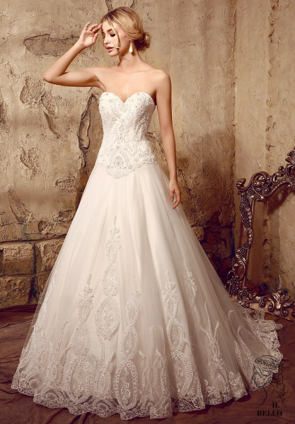 Delicate Beaded Patterned Lace Wedding Gown
