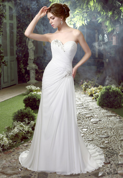 Sweetheart Informal Wedding Gown