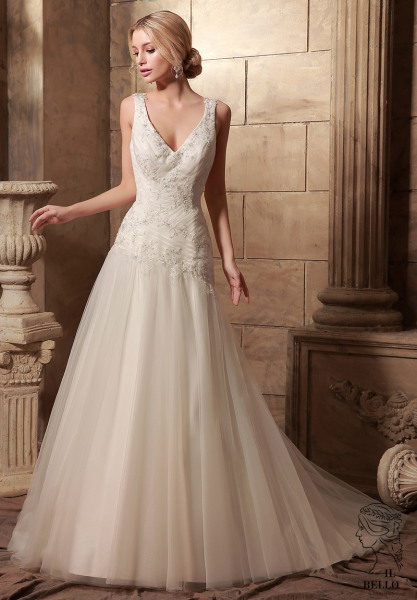 Simple A-line Sleeveless Wedding Gown