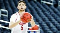 Matt Freeman of Oklahoma shooting a basketball
