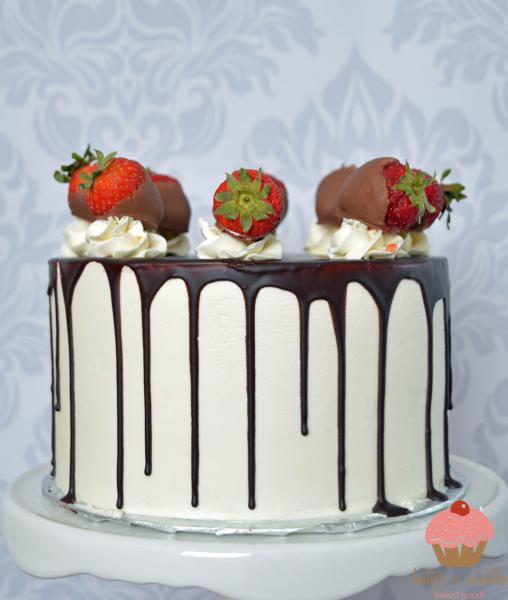 drip cake, Neapolitan drip cake, calgary bakery, butter and vanilla baked goods