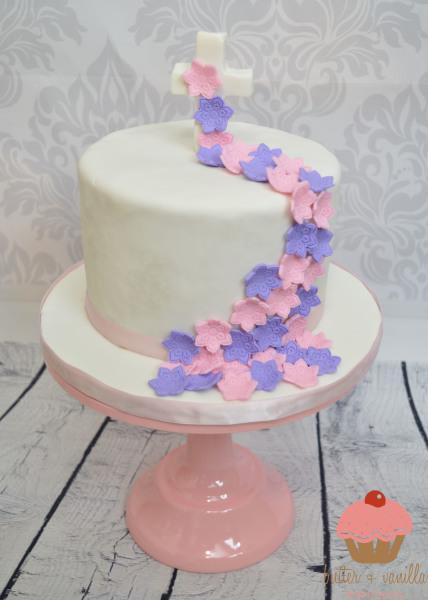 custom cake, butter + vanilla baked goods, calgary custom cakes, birthday cake, fox cake, yyc custom cakes, baptism cake