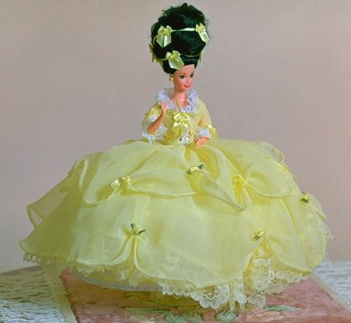 """""""Marie Antoinette"""" View B,  #0203  $11.95"""