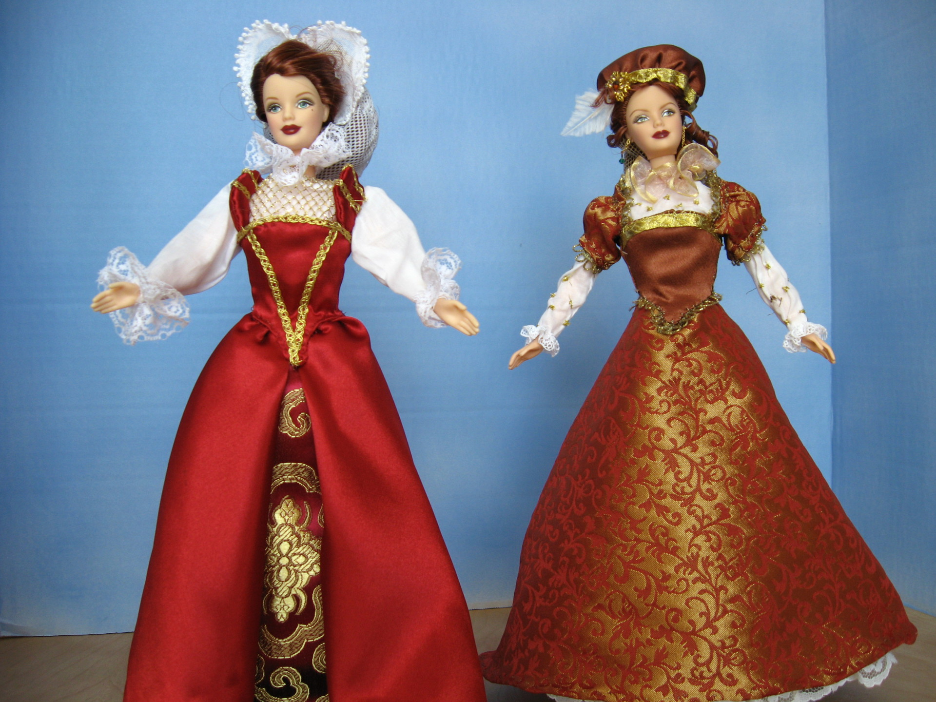 """""""Mary, Queen of Scots"""" Views A & B,  #0307 $11.95"""