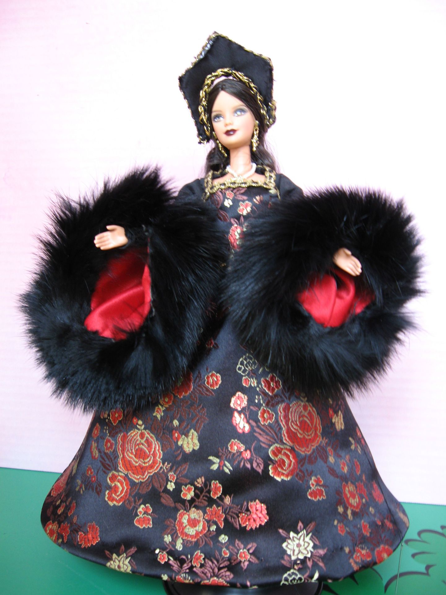 """Katherine, the Princess"" View A ,  #0308  $12.95"