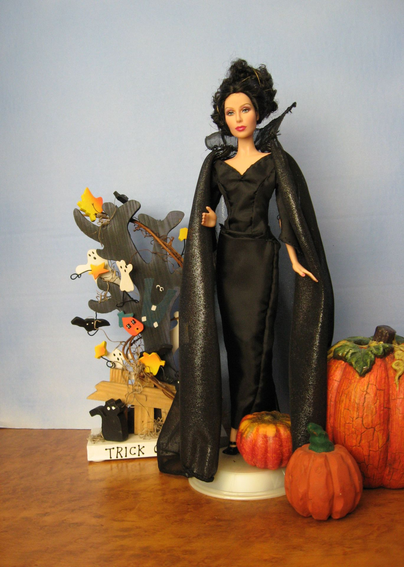 """Queens of the Night"", Halloween #3004,  $12.95"