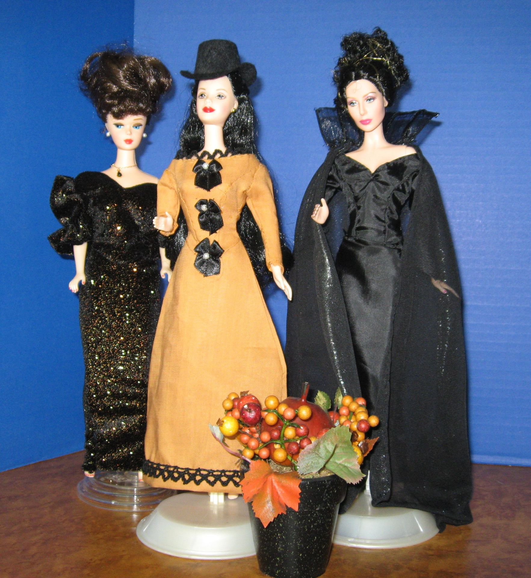 """Queens of the Night"", 3 of 4 views,  #3004  $12.95"