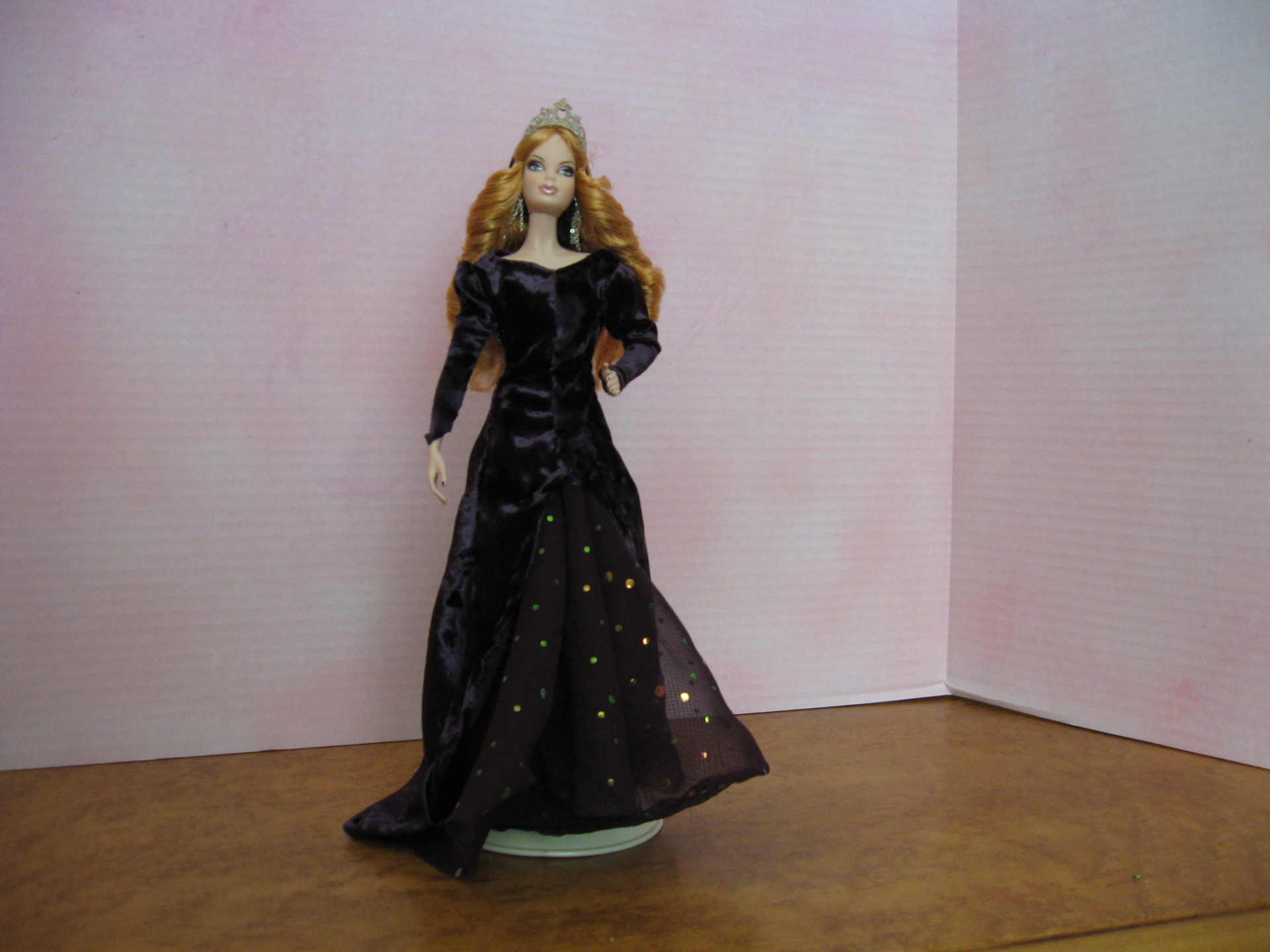"""Morgan Le Fey"", (Morgause) View B, #0604 $11.95"