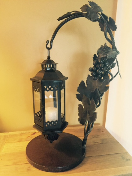 Vidal Grape Lantern