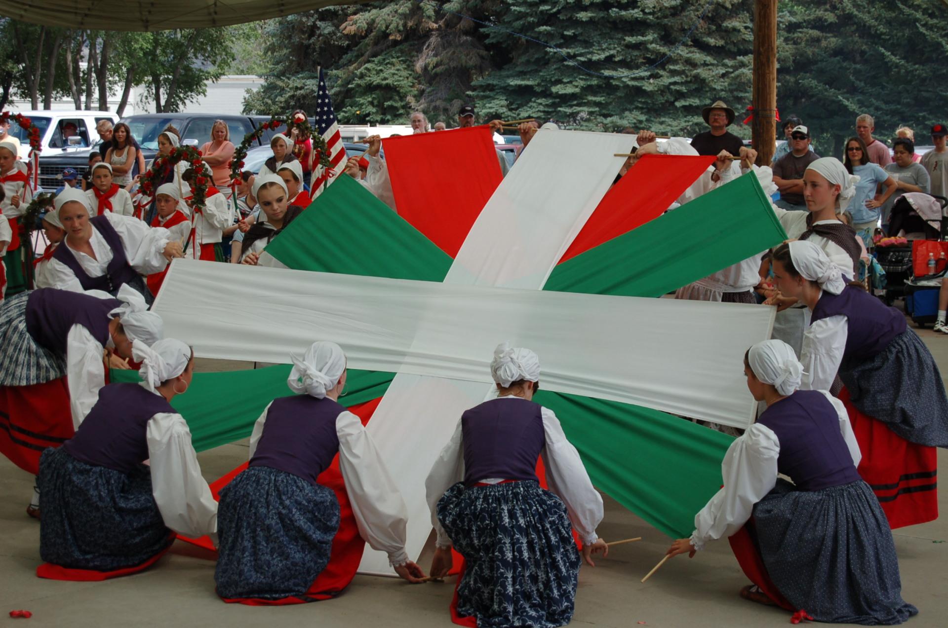 The Ikurriña Dance