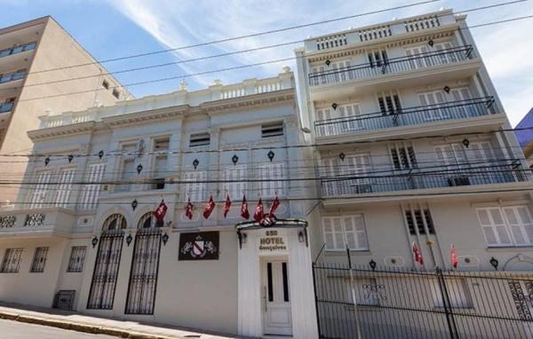 Fachada Hotel Gonçalves Porto Alegre