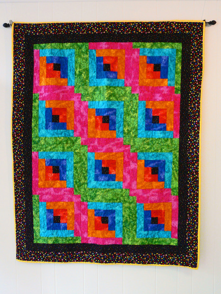 Bright Log Cabin lap quilt