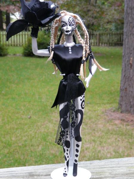 Zentangle altered Barbie