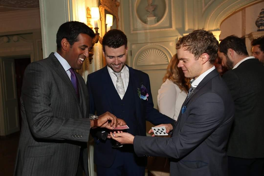 Manchester Magician baffles wedding guests at Thornton Manor