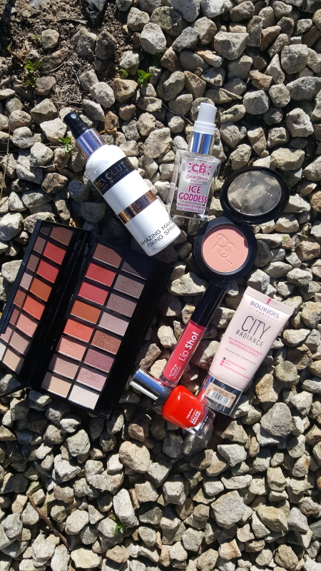 MY MUST HAVE PRODUCTS TO GET YOU THROUGH SUMMER!!