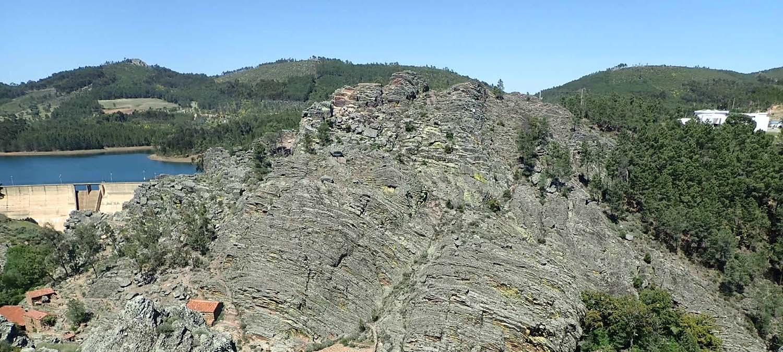 Atividade de escalada em Penha Garcia