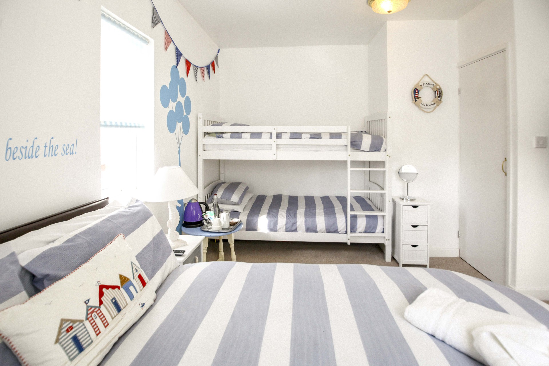 Themed Large Family with Bunks