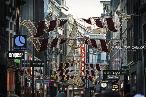 Christmas in Amsterdam by ©Inbal Tur-Shalom Photography