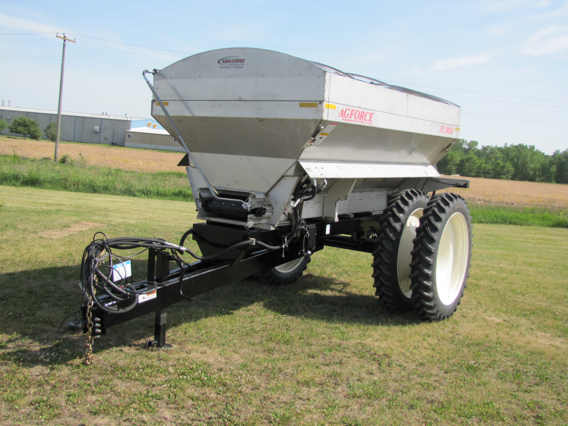 Pull-Type Spreader