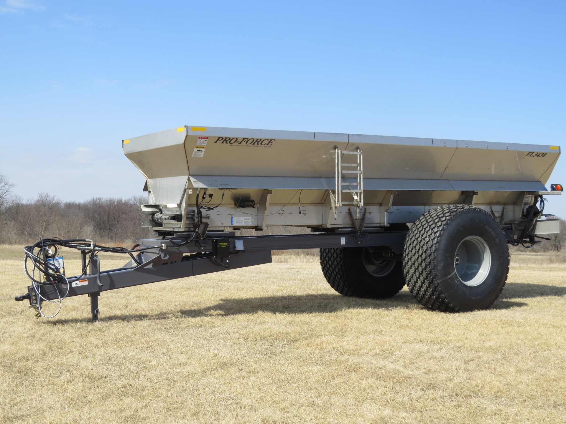 Pull Type Spreader