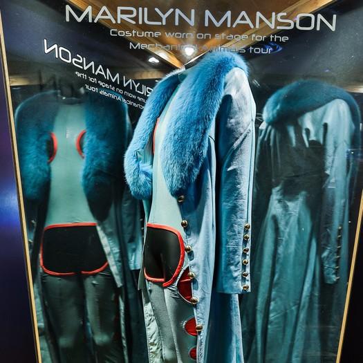 Mannequin Displays
