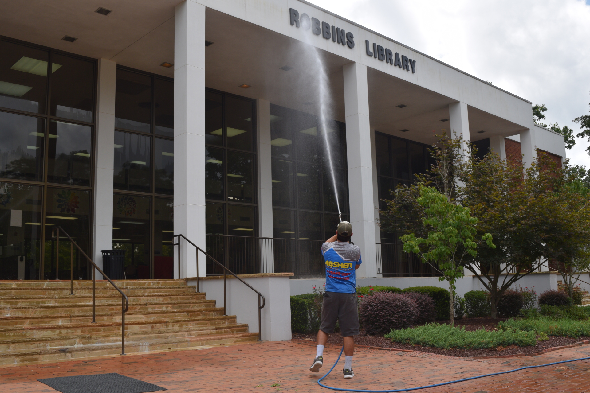 Absher Pressure Washing provides commercial power washing service in Raleigh and the surrounding areas.