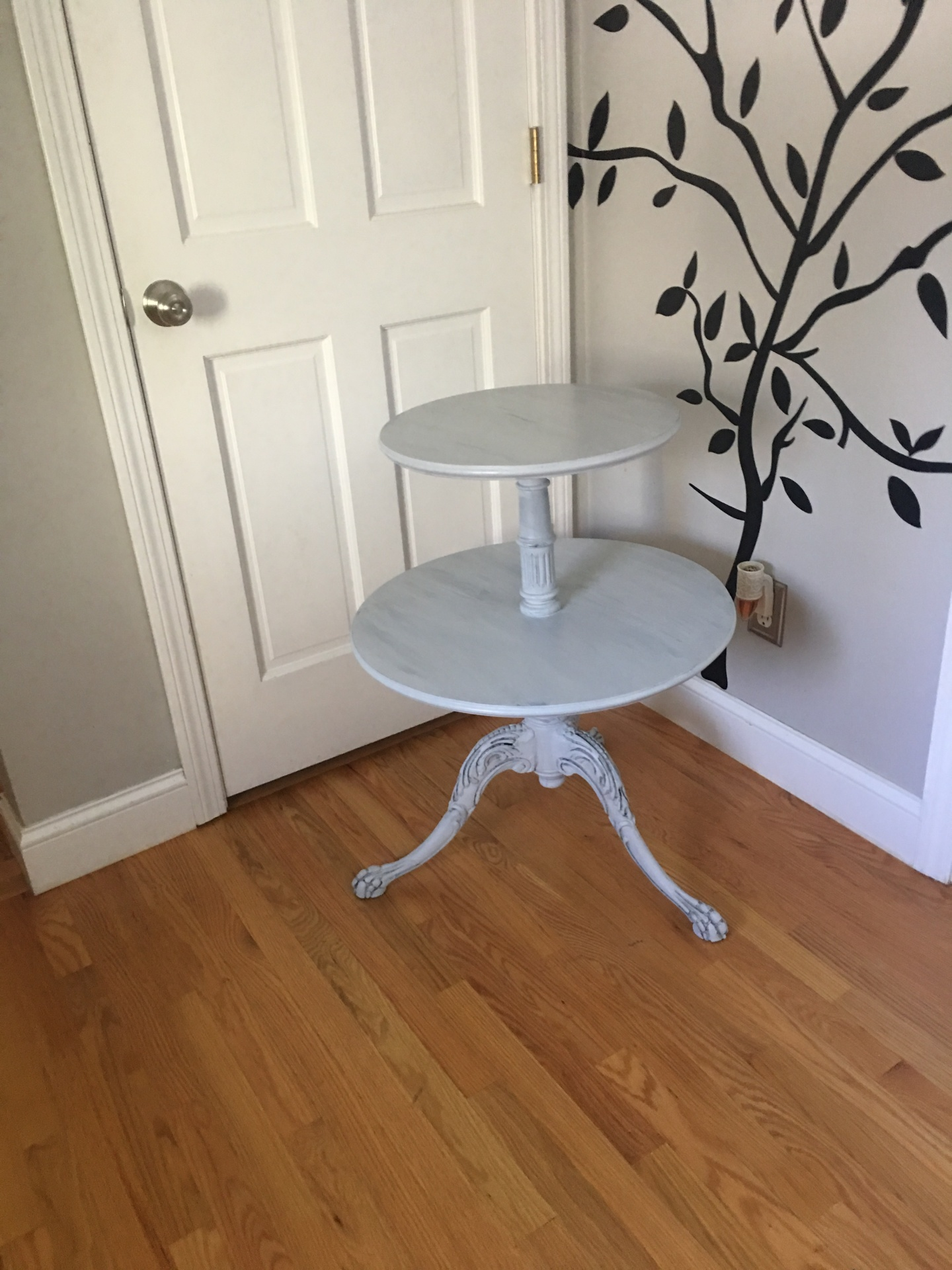 Antique 2 Tier Table