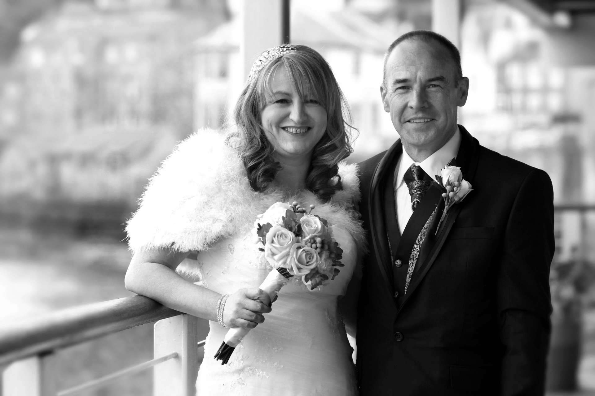 Edinburgh Wedding Photography - Lynn & Campbell at The Queensferry Hotel