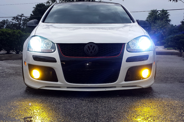 GTI with yellow fogs