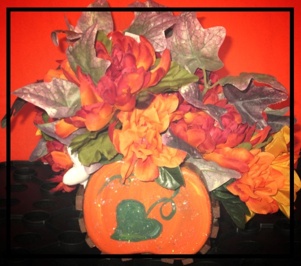 Wooden Halloween Pumpkin Basket Currently available in the Autumn and Halloween decor section