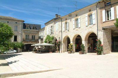 Monflanquin market place