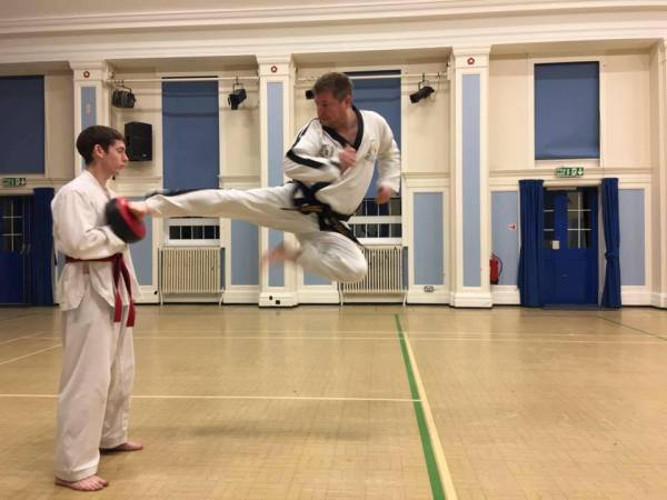 Jump Side kick foot shape and level waist delivery