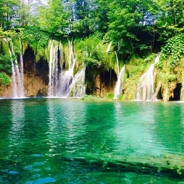 Do go chasing waterfalls at Plitvice Lakes