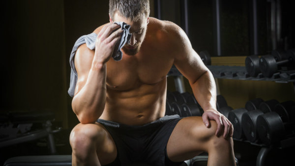10 SIGNS YOU'RE  NOT GETTING ENOUGH PROTEIN
