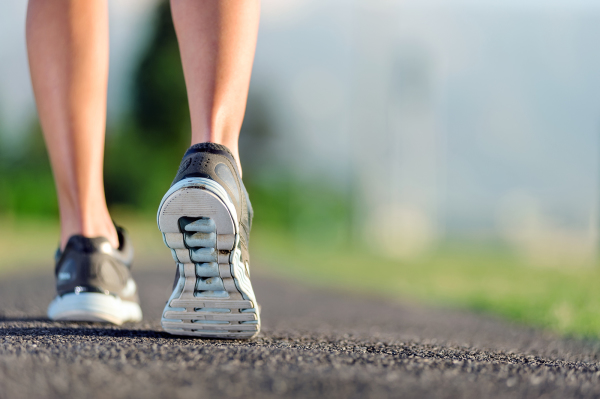 5 tips to minimise the risk of a foot and ankle injury