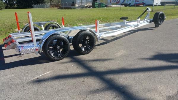 National Trailer - Custom Aluminum Boat Trailer Tandem Axle - Flat Bunk - Air Boat - Custom Jump Roller - High Performance - Aluminum Mag - Custom Air Boat  - Aluminum Boat Trailers