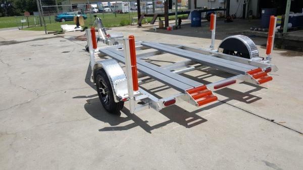 National Trailer - Custom Aluminum Boat Trailer Single Axle - Flat Bunk - Air Boat - Custom Jump Roller - High Performance - Aluminum Mag - Custom Air Boat  - Aluminum Boat Trailers