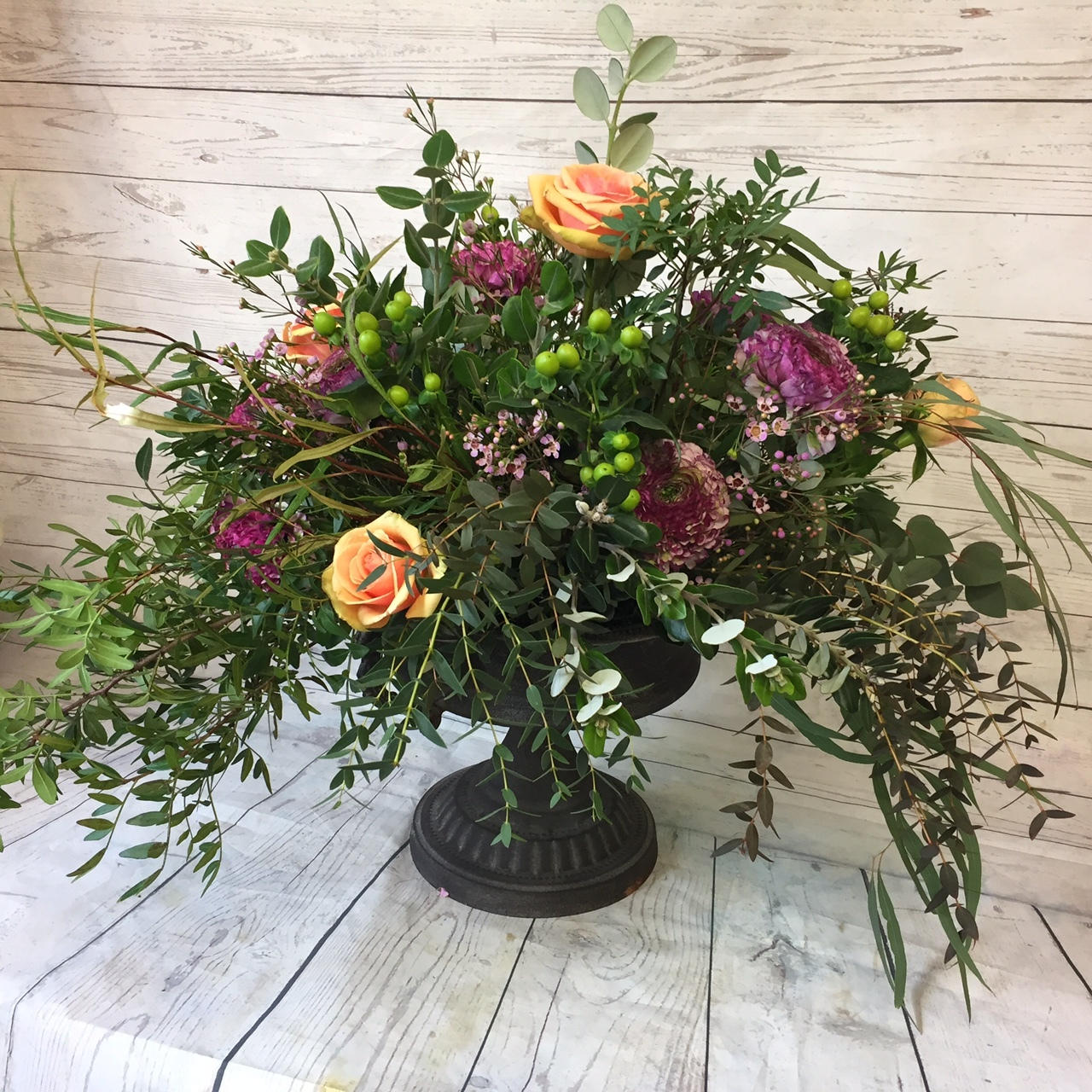 WELCOME DISPLAY A large bespoke floral display, perfect for any entrance hall