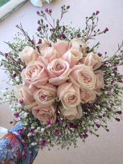 PINK ROSE BOUQUET WITH DIAMONTE