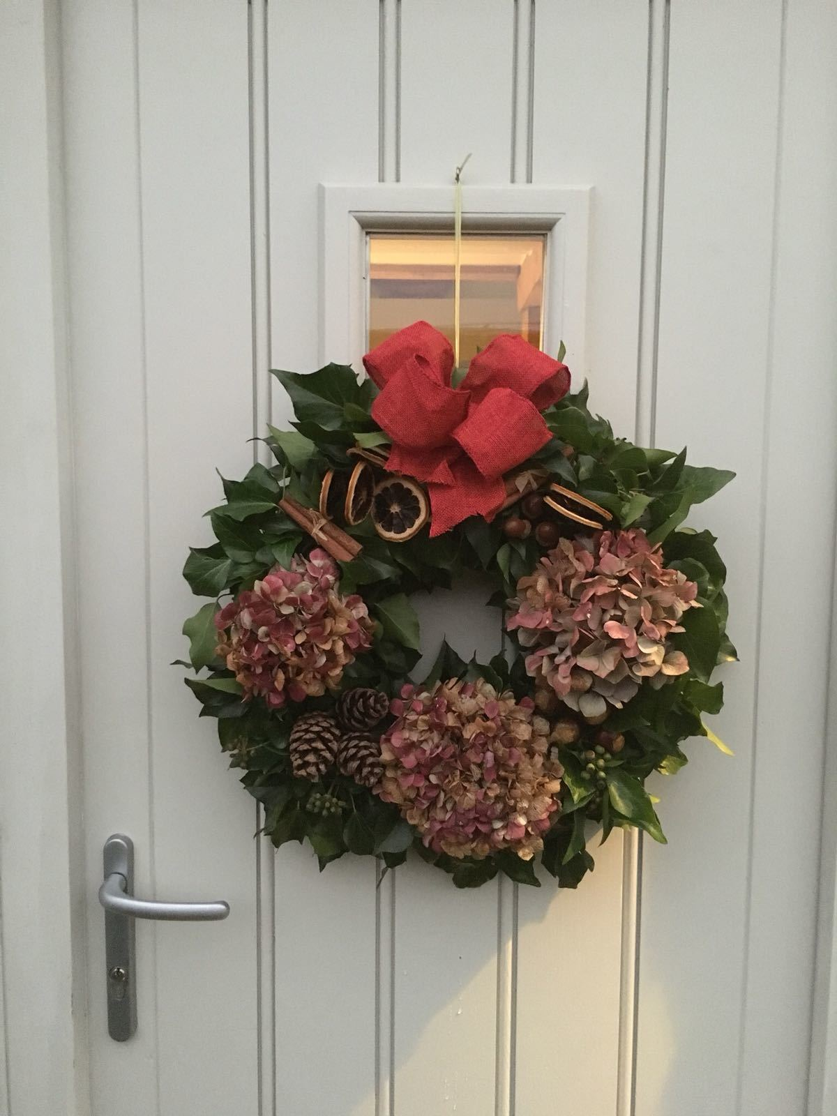 CHRISTMAS WREATH Large dried florals and seasonal colours