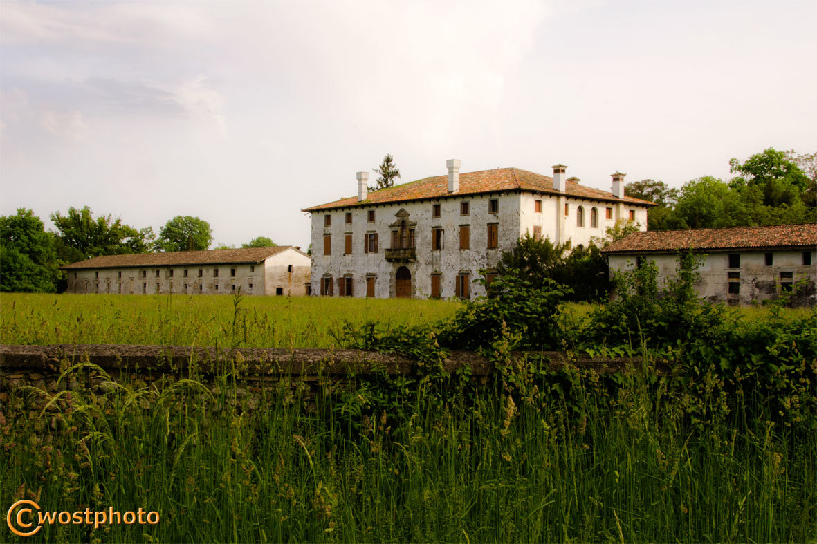 "Villa Mainardis was the movie set for the ""Best Offer"""