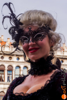 wostphoto, Woman posing at the Carnival in Venice 2017