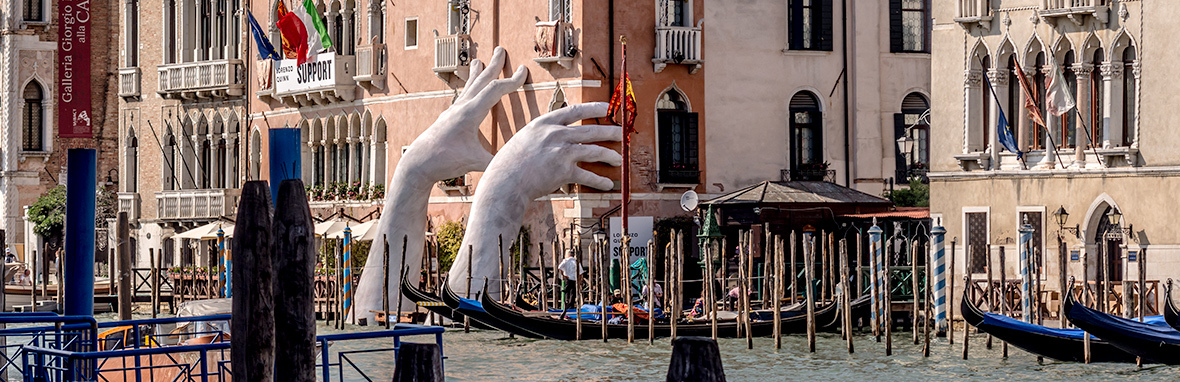 Rising hands, art project of Lorenzo Quinn in Venice/Italy