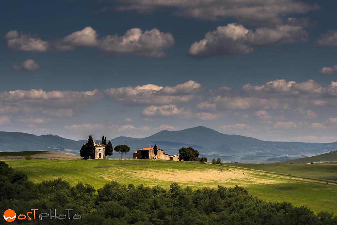 Chiesetta di Vitaleta in Val d'Orcia in Tuscany/Italy