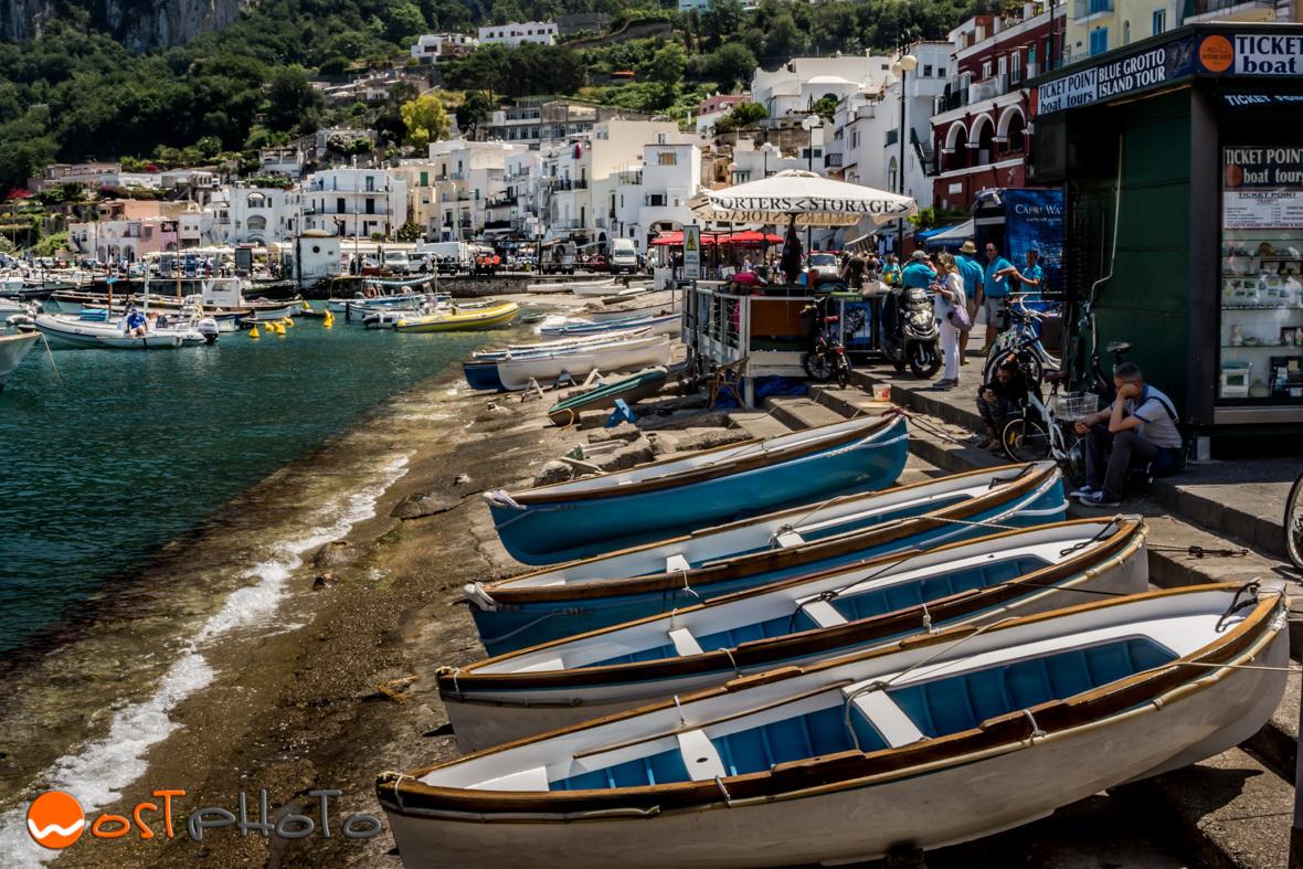 Fisher boats in Capri
