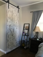 White aged barn door